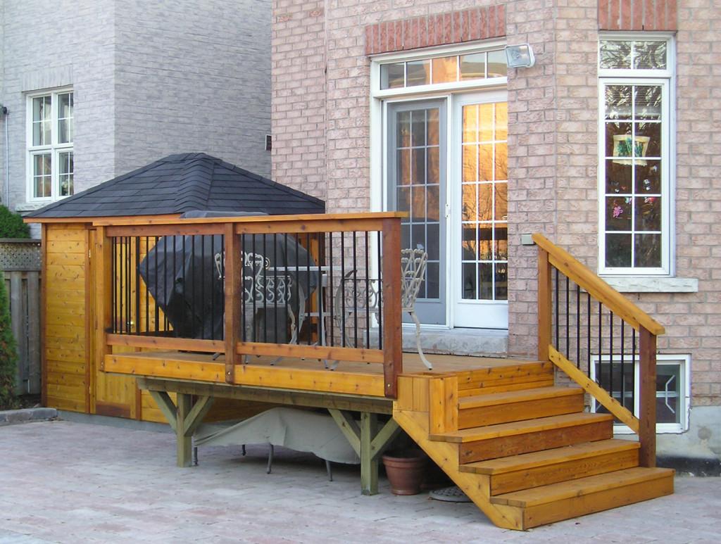 Custom Decks Cedar Wood Structures