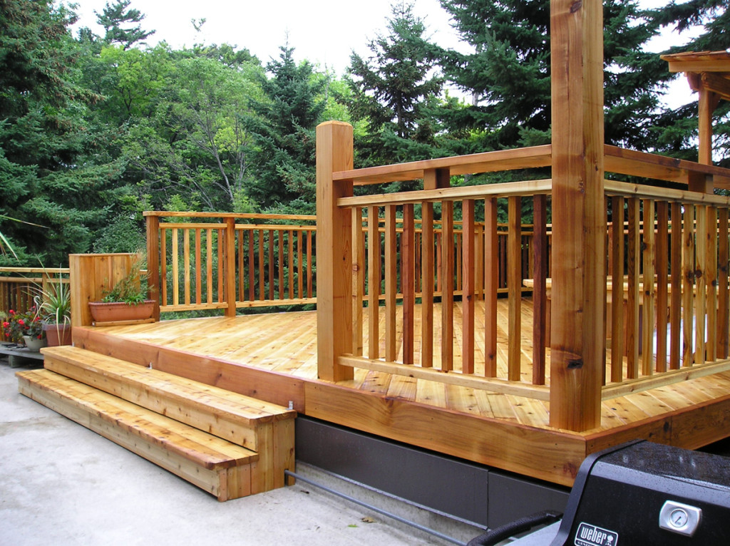 Custom Decks Cedar Wood Structures